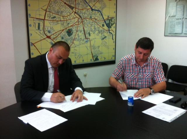 Traseul 101, etapa I: Intersecție Republicii - Intersecție Candiano Popescu ( zona BCR ) Badesc10