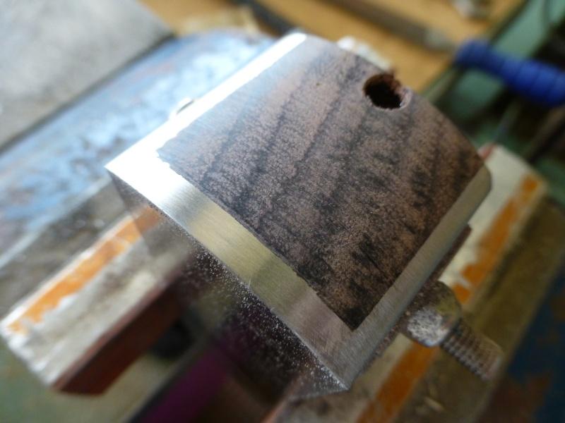 Mes créations de rabots en métal !! - Page 23 P1040133