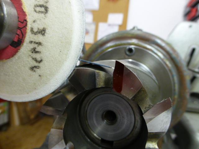Affutage de fraise avec un tour 102 Schaublin ! P1050317