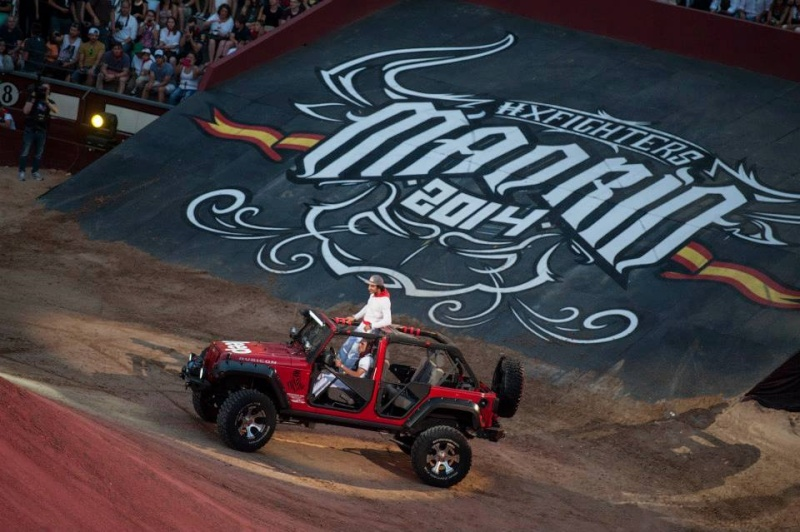 ‎Jeep‬ ‪Wrangler‬ at Red Bull X-Fighters 2014 (Espagne) 10455410