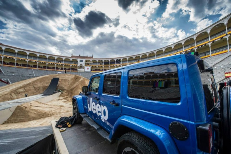 ‎Jeep‬ ‪Wrangler‬ at Red Bull X-Fighters 2014 (Espagne) 19243410
