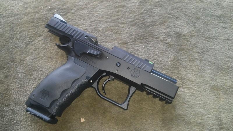 ma première arme de poing! Chsphi11