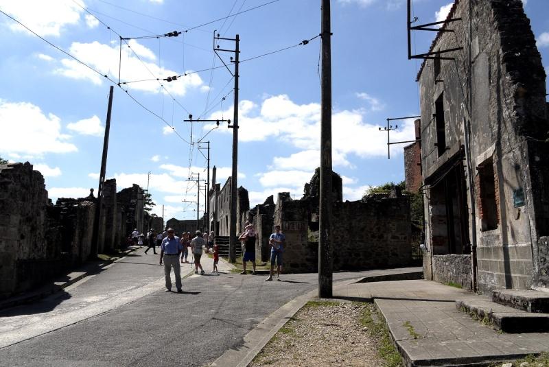 Oradour-sur-Glane - Page 2 P1190946