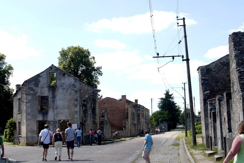 Oradour-sur-Glane - Page 2 P1190957