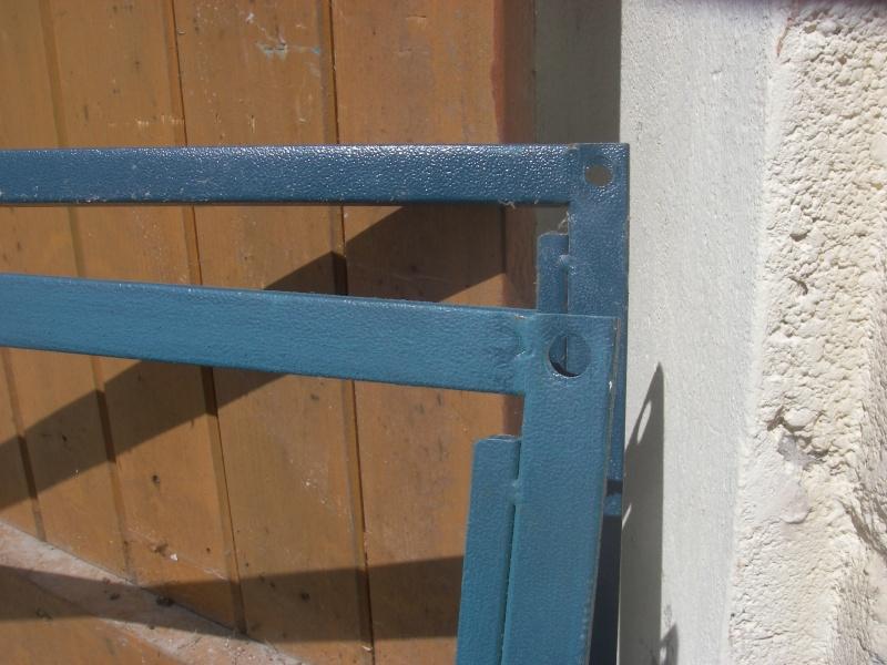 Retapage de volière : peinture et aménagement. Imgp0013