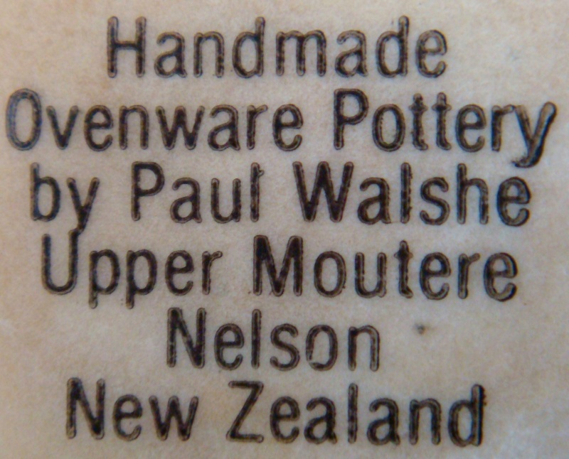 PW?? NZ Mark on Te Rona style platter is Paul Walshe !! Dsc02012