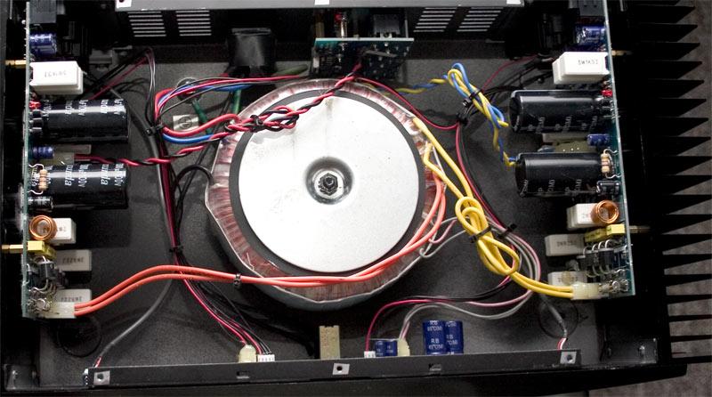 THE T.AMP E400 3415d111