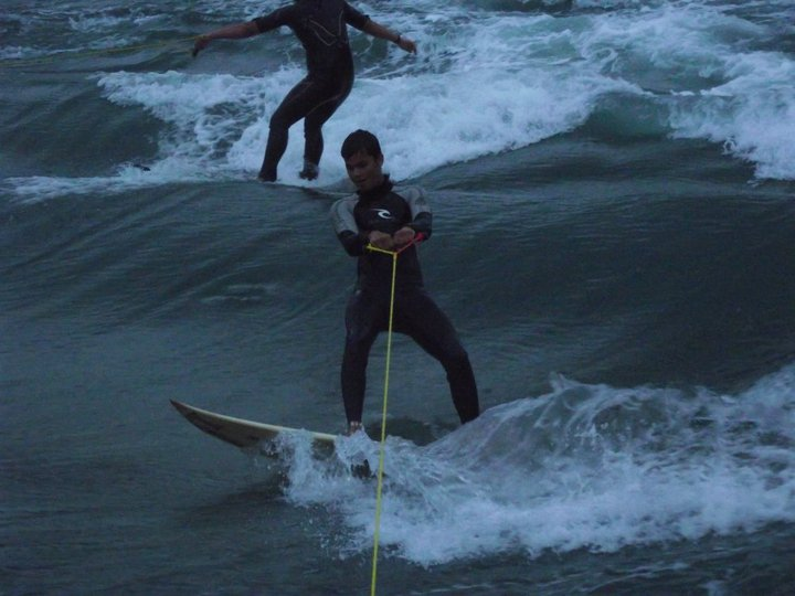 SUP surfing de vague statique en Bretagne Berder11
