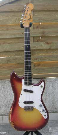 Ses guitares Fender10