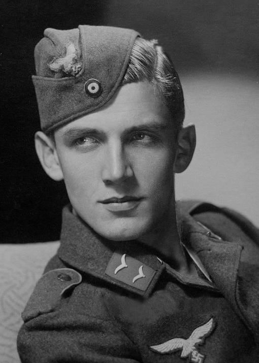 Les Calots de la Luftwaffe 119