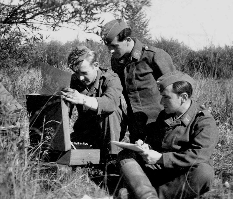 Les transmissions dans la Luftwaffe - Page 2 125410