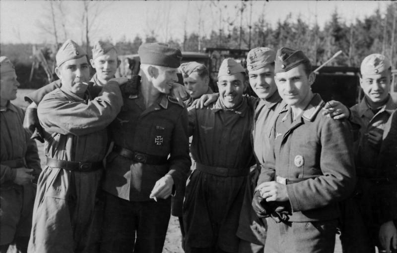 Les Calots de la Luftwaffe 16510