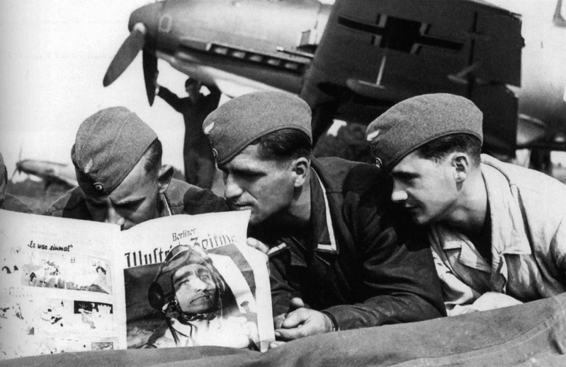 Les Calots de la Luftwaffe 2f10