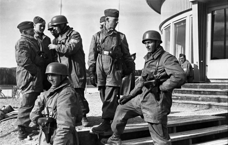Les Calots de la Luftwaffe A5ze610