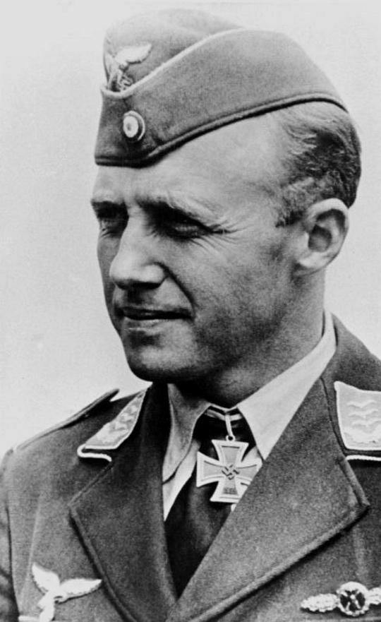 Les Calots de la Luftwaffe Bb10