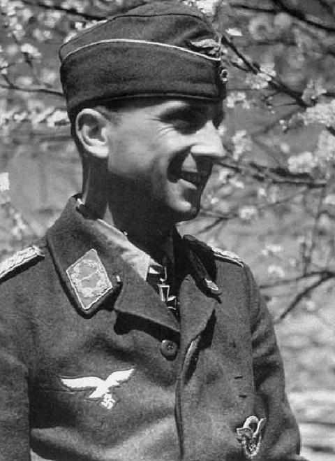 Les Calots de la Luftwaffe Calot10