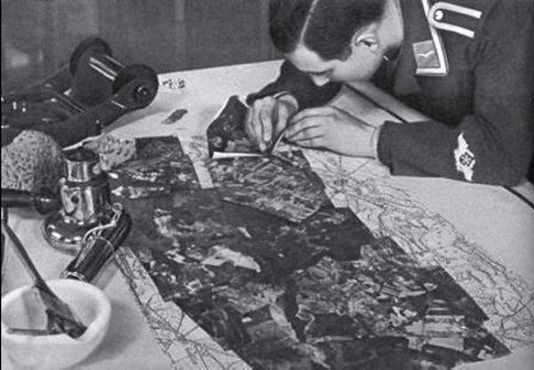 Les spécialistes de la Luftwaffe Cart10