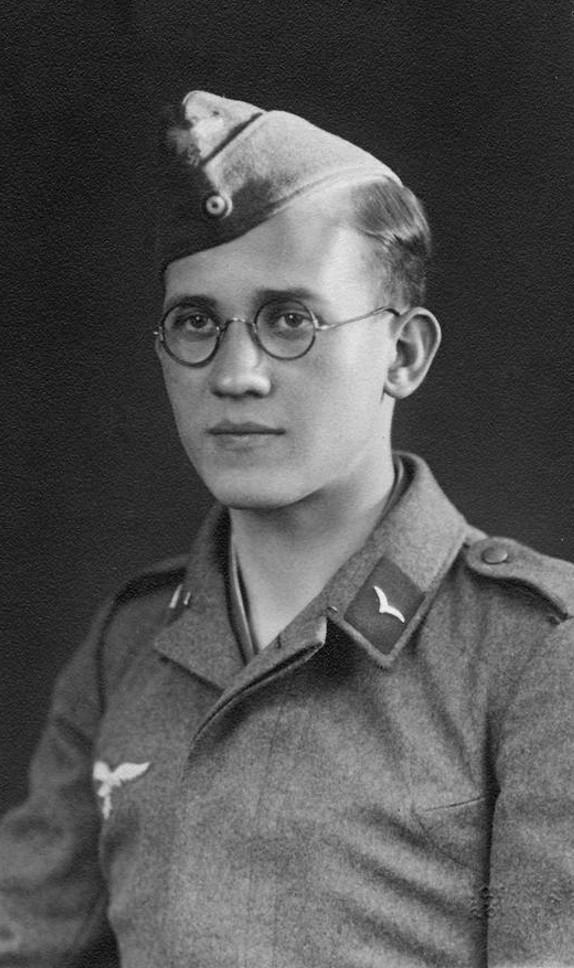 Les Calots de la Luftwaffe Ftg10