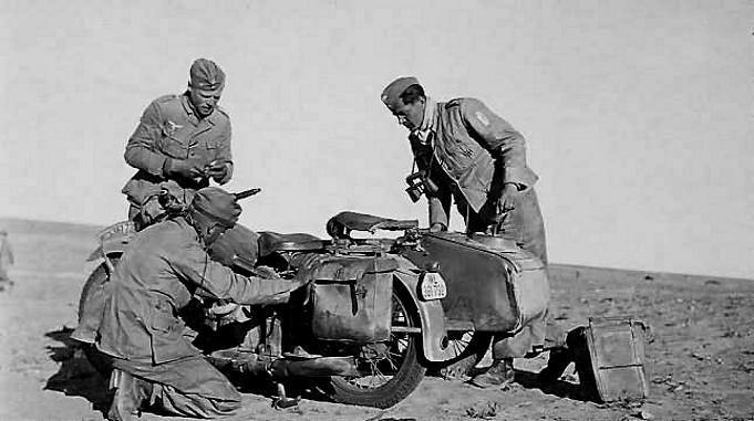 Les soldats de la Luftwaffe en Afrique - Page 2 Xa10