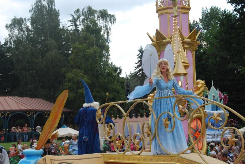Lyly au pays des merveilles . 04/08 au 06/08 au Santa Fe Dsc_0013