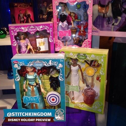 Disney Princesses Singing Dolls - Page 5 Tumblr10