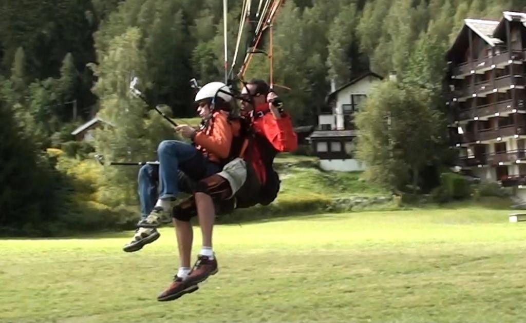 Première au Brévent en Speed Flying tandem... Et Benne ! Image614
