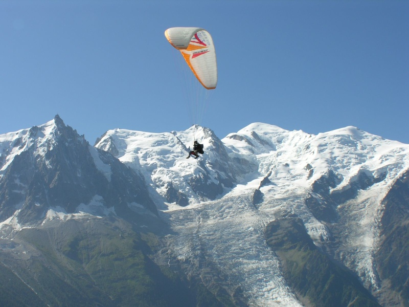 2014: le 04/09 à vers 10 heures du matin - Ovni en Forme de triangle - Chamonix - Haute-Savoie (dép.74) - Page 2 Pi116510