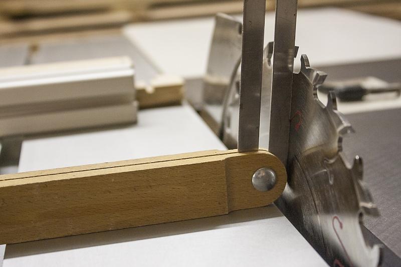 [Fabrication] Un tabouret Angle-11