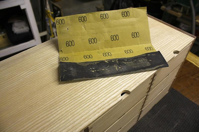 [Fabrication] Un meuble à 9 tiroirs - Page 2 Fini-a10