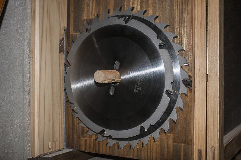 [Fabrication] Range-Lames de scie circulaire Lame-s10