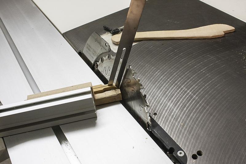[Fabrication] Un tabouret Ryglag12