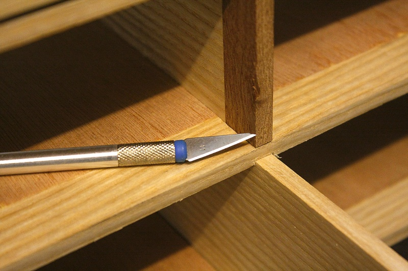 [Fabrication] Un meuble à 9 tiroirs - Page 2 Tranch10