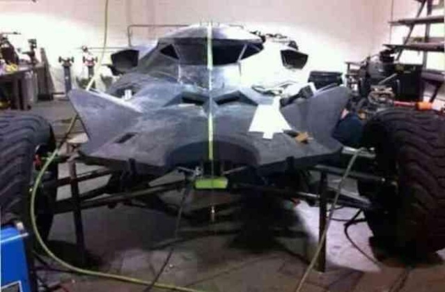 First look at the new (But teased) Batmobile Batmob10