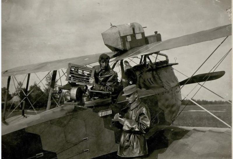 342 photos inédites de la Grande guerre !!! Ae11