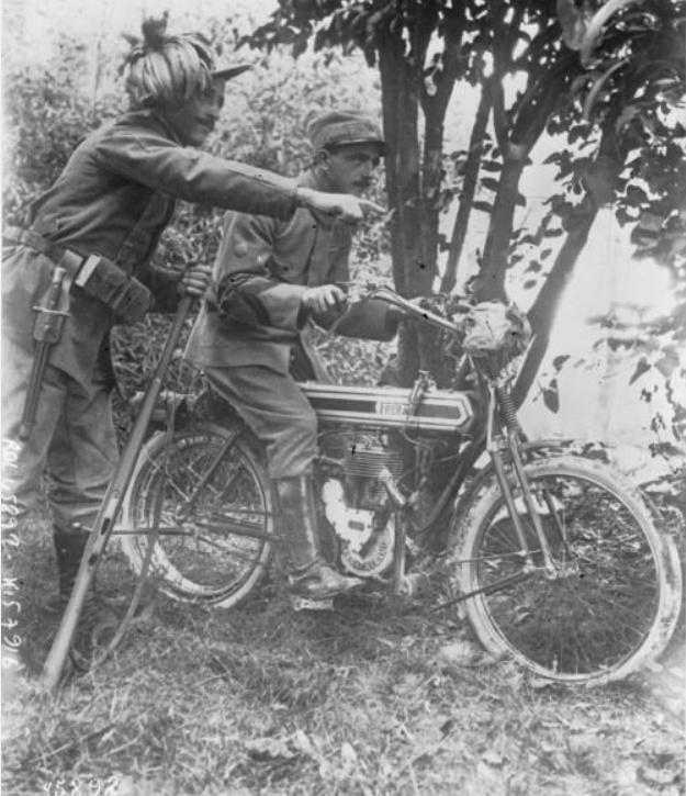 342 photos inédites de la Grande guerre !!! Ae1110