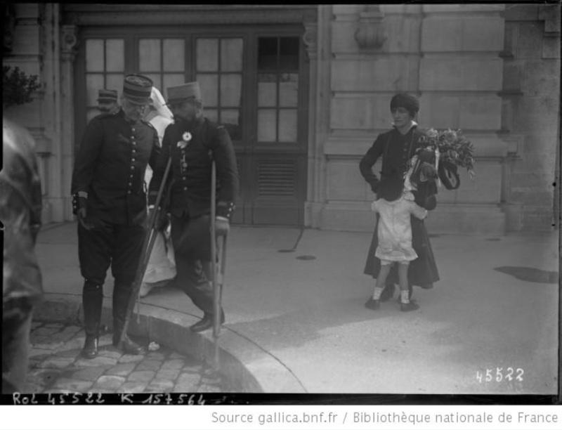 342 photos inédites de la Grande guerre !!! Ae1411