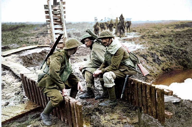 342 photos inédites de la Grande guerre !!! Ae410