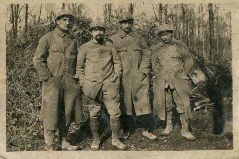 342 photos inédites de la Grande guerre !!! G610
