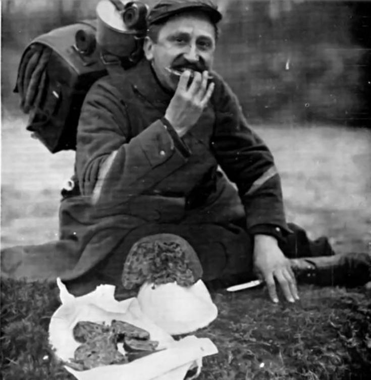 342 photos inédites de la Grande guerre !!! Gg1611