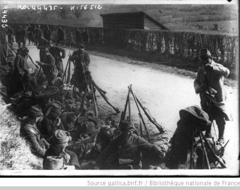 342 photos inédites de la Grande guerre !!! Gg17010