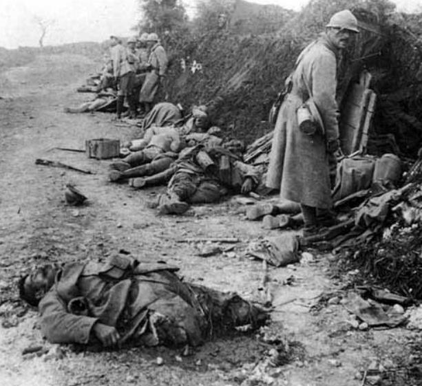 342 photos inédites de la Grande guerre !!! Gg1711