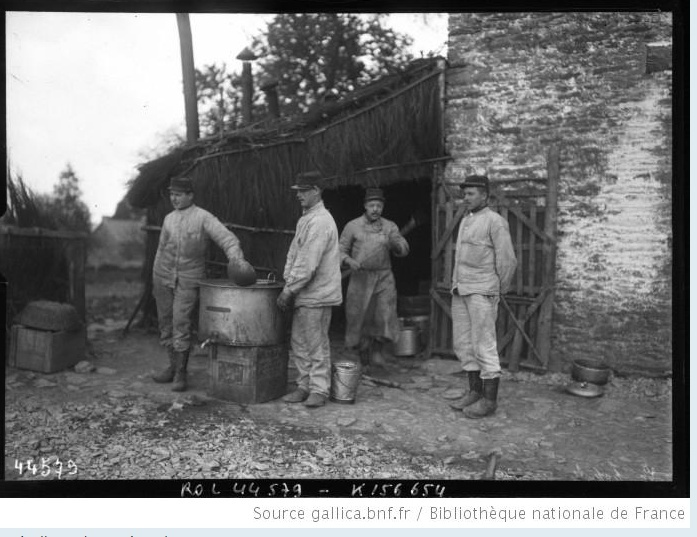 342 photos inédites de la Grande guerre !!! Gg18710