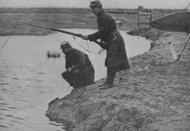342 photos inédites de la Grande guerre !!! Gg21411