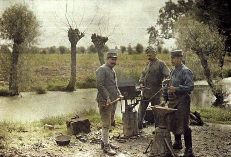 342 photos inédites de la Grande guerre !!! Gg21710