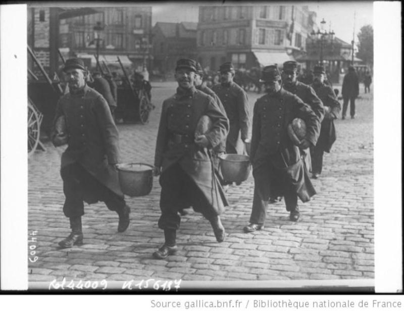 342 photos inédites de la Grande guerre !!! Gg24010