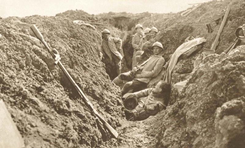 342 photos inédites de la Grande guerre !!! Gg25010