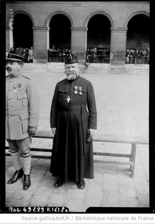 342 photos inédites de la Grande guerre !!! Gg26513