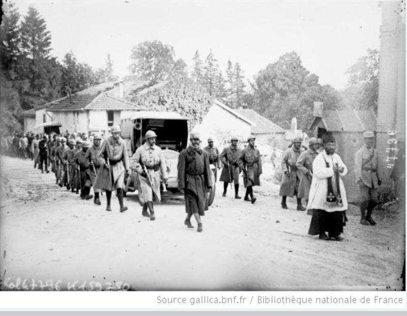 342 photos inédites de la Grande guerre !!! Gg27610