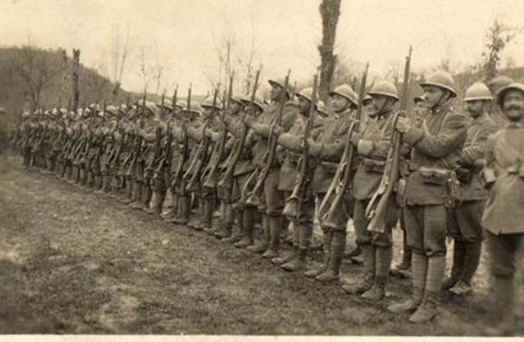 342 photos inédites de la Grande guerre !!! Gg30111