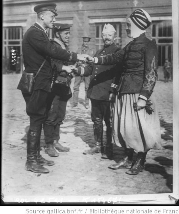 342 photos inédites de la Grande guerre !!! Gg31611